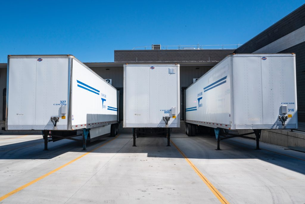Using RoRo and Specialized Shipping Solutions for Truly Smooth Transport